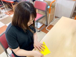 10月に飾る装飾作成のお手伝いをしました【リハビリデイサービス施設「リハトレ専科西戸山公園」】